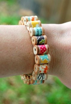 Spool bracelet (picture only)