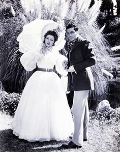 Greer Garson (Elizabeth Bennet)  Laurence Olivier (Mr. Darcy) - Pride and Prejudice (1940)