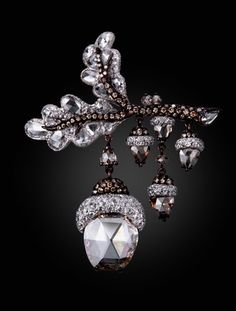 Rose cut diamonds, chocolate and champagne diamonds featured in Dancing Acorn brooch by Michelle Ong, Carnet Jewelers, Hong Kong