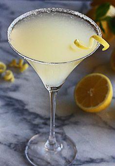 Frosty Lemon Drop Martini | The Hopeless Housewife®