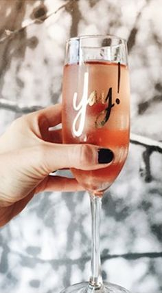 love this 'yay!' champagne flute! perfect for the holidays!