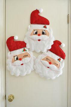 Artículos similares a Funny Santas For Welcome Door en Etsy