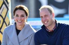 Billederne fra prins William og hertuginde Catherines besøg i Canada beviser, at hertuginden er mere betaget af sin mand end nogensinde.