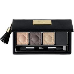 DIOR Christmas Eye Palette (250 BRL) ❤ liked on Polyvore featuring beauty products, makeup, eye makeup, eyeshadow, beauty, cosmetics, christian dior eye shadow, palette eyeshadow, christian dior eyeshadow and christian dior