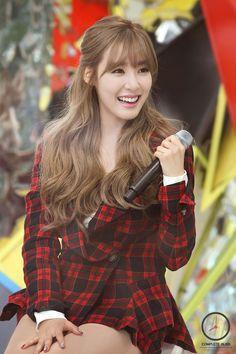 Tiffany Hwang ♥