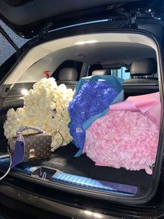 Romantic Things, Romantic Gifts, All Things Cute, Girly Things, Birthday Goals, Luxury Flowers, Flower Aesthetic, My Flower, Kylie Jenner