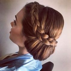 20 Beste Side Side Bun Frisyrer For Langt Hår - Beste Frisyrer Braided Bun Hairstyles, Trends, Saris, Lehenga Choli, Insta Makeup, Makeup Junkie, Bobby Pins, Dreadlocks, Hair Buns