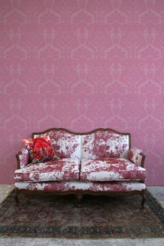 The scale of the pattern and saturation of the color make this historical looking wallpaper fresh and modern - I mean, wow! Just look at it! Not for the faint of heart - but then... you've made it thi