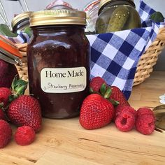 Ready for the weekend?! Another shot from yesterday's photo shoot. Hope you all have an amazing, inspired weekend! #pacificmerchants #jam #homemade #kilner #strawberries #foodporn #instafood #canning #diy #weekend