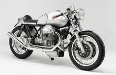 Cafe Racer Pasión — Moto Guzzi Le Mans Cafe Racer by Kaffe Maschine Motorcycle Types, Cafe Racer Motorcycle, Motorcycle Outfit, Motorcycle News, Bobber Custom, Custom Motorcycles, Custom Bikes, Moto Guzzi Motorcycles, Scrambler