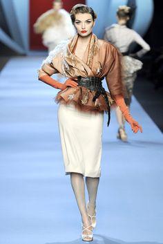 Paris Haute Couture: Dior Spring 2011 Couture