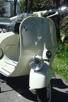 95 besten vespa faro basso bilder auf pinterest vintage vespa piaggio vespa und vespa scooters. Black Bedroom Furniture Sets. Home Design Ideas