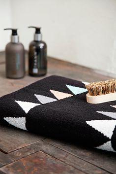 Finlayson Hauska bath towel I Hauska-kylpypyyhe Reilun kaupan puuvillaa 27 €