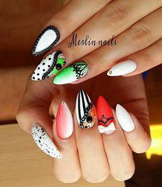 Instagram media merlin_nails - Matt #crystalnails #gel #gelnails #nail #nails…