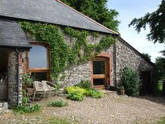 Set on the edge of the picturesque Blackdown Hills near the Devon/Somerset border, this delightful barn conversion provides a relaxing retreat with the use of a swimming pool in the summer months and a cosy log burner in the winter. Lovely views over Otter Valley and only a mile from Upottery with its great pub. Sleeps 2+2.