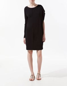 STUDIO DRESS WITH ASYMMETRIC SLEEVES - Dresses - Woman - ZARA