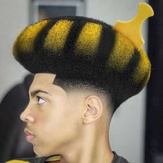 Blowout Haircut: 25+ Modern Blowout Fade and Taper Hairstyles #blowouthaircut #afro #menshair #menshaircutideas #fadehaircut #menshairstyles #menshaircut #menshaircuts Fringe Haircut, Fade Haircut, Thick Curly Hair, Curly Hair Styles, Protective Hairstyles, Easy Hairstyles, Taper Fade Afro, Blowout Haircut, Medium Fade