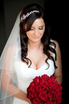 Natural Bridal Make Up with Veil And Leaf Headband