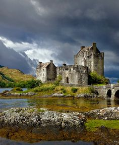 Eilean Donan Castle, Scotland, Century There's no better place to see the amazing architecture of castles than in Europe, from the stone fortresses of the Scottish highlands to the storybook lookalikes of Germany. Scotland Castles, Scottish Castles, Scotland Uk, Inverness, Harry Potter Château, Beautiful Castles, Beautiful Places, Castle Series, Buffalo Games
