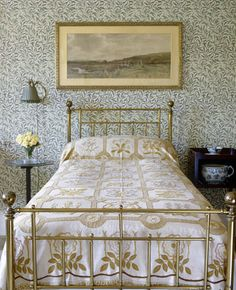 "Heal's brass bedstead in the Willow Bedroom at Standen, West Sussex with ""Willow Bough"" wallpaper designed by William Morris in 1887 William Morris Wallpaper, Morris Wallpapers, Bedroom Dresser Styling, William Morris Patterns, Brass Bed, Victorian Bedroom, Gypsy Living, Arts And Crafts House, English Interior"