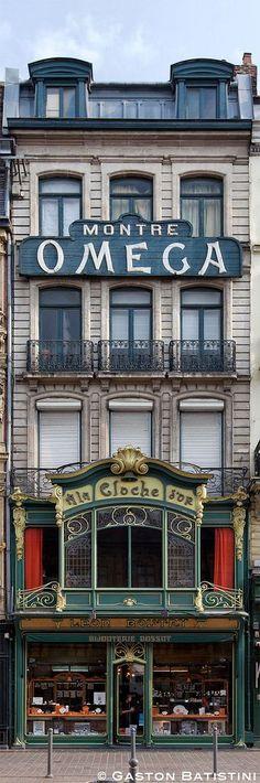 Jewelry shop - A la cloche d'Or, Rue des Manneliers, Lille, France