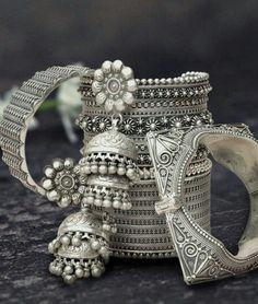 silver kangans jhumkas