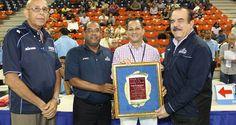 Federación Dominicana de Voleibol reconoce al Ministro de la Juventud