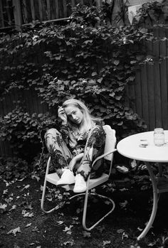 Jemima Kirke by Photographer Katie McCurdy - Minimal. / Visual.