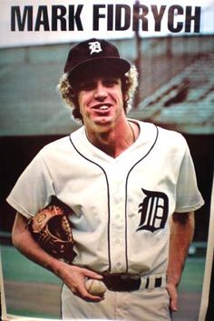 "Mark ""The Bird"" Fidrych. (He Talked to the Baseball when pitching) Mlb Players, Baseball Players, Baseball Cards, Baseball Gifts, Detroit Sports, Detroit Tigers Baseball, Detroit Vs Everybody, Detroit History, Baseball Classic"