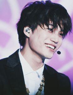 Jongin smile ♡