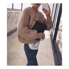 Suzi Fashion Oversized Knit Sweaters, Oversized Knit Sweaters Oversized Knit Sweaters for Fall Street Style. Mode Outfits, Trendy Outfits, Fall Outfits, Fashion Outfits, Chic Outfits, Fashion Mode, Womens Fashion, Fashion Trends, Fashion 2016