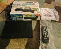 APEX DT502 Digital to Analog TV Converter Box w/ Remote, Box, Instruction Manual #APEX
