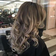 Blonde VIP #vipbodyhair #RickyMoica #MagicomMoica #hair #haircut #hairstyle #newlook #cortedecabelo #colorexpert #longhair #cabelolongo #loira #loiro #blond #blondhair #blonde #blondehair #cabeloloiro #olaplex #olaplexBrasil #wella #wellabrasil #luzes #highlights #pontodeluz #loiroiluminado