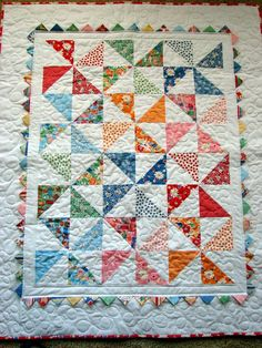 Easy Patchwork Baby Quilt Patterns Free Easy Baby Quilt Pattern Using Fat Quarters Pinwheel Baby Quilt Used A Charm Pack Of Snippets By American Jane Easy Flannel Baby Quilt Patterns Quilt Baby, Baby Girl Quilts, Girls Quilts, Baby Quilt For Girls, Easy Quilts, Small Quilts, Mini Quilts, Children's Quilts, Charm Pack Quilts