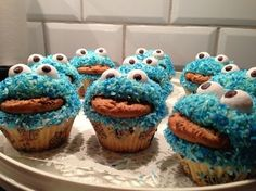Kakmonster cupcakes Monster Cup, Cookie Monster, Party Themes, Cupcakes, Good Food, Sweets, Muffins, Healthy Recipes, Cookies
