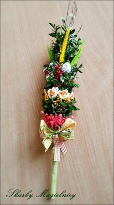 Skarby Magielnicy : Wielkanocnych inspiracji dzień drugi z I like chal. Easter Crafts, Plant Hanger, Quilling, Paper Flowers, Macrame, Floral Wreath, Challenges, Wreaths, Spring