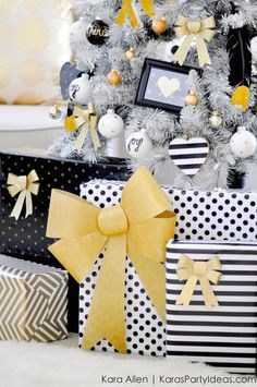 ready to deck the halls, but are in dire need of fresh inspiration? look no further! we've got the cure for your christmas style rut that's sure to shake the bah humbugs out of any scrooge. from woodsy to colorful to modern metallics, try these festive decor elements to add an interesting effortless twist to your holiday styling.