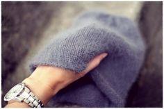 DIY syksyn söpöin BEANIE! - Kalastajan vaimo - ME NAISET Knitting Patterns Free, Free Knitting, Grey Beanie, Bad Hair Day, Knitting Projects, Her Style, Bag Accessories, Knitted Hats, Knit Crochet