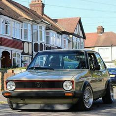 Classic Car News Pics And Videos From Around The World Volkswagen Golf Mk1, Vw Mk1, Vw Touran, Jetta Mk1, Golf Mk2, Vw Cars, Dream Cars, Cool Cars, Rabbit