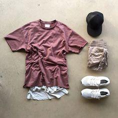 @pacsun shoot fit ⠀⠀⠀⠀⠀⠀ ▪️Tee- #Pacsun ⠀⠀⠀⠀⠀⠀ ▪️Tank- #FOG ▪️Pants- #HM ▪️Shoes- #Adidas ▪️Hat- #Jamesperse