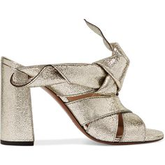 Chloé Knotted metallic textured-leather mules (4270 MAD) ❤ liked on Polyvore featuring shoes, gold, slip-on shoes, slip on mule shoes, strappy shoes, high heeled footwear and chloe shoes
