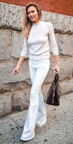 elizabethswardrobe: Jessica Hart in New York.