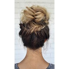 """""""Good morning❤️ Another angle of the top knot turned braid bun from yesterday @schwarzkopfusa #schwarzkopfusa"""""""