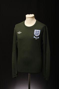 England Football Shirt (Goalkeepers, 2006-2009)