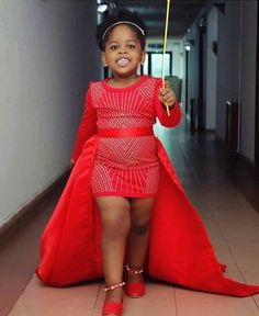 Kitenge Designs for See Over 150 Kitenge Design Photos Baby African Clothes, African Dresses For Kids, African Maxi Dresses, African Children, Latest African Fashion Dresses, Dresses Kids Girl, Kids Outfits Girls, African Print Fashion, African Attire