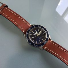 SEIKO-5-SPORTS-SNZH53K1-AUTOMATIC-23JWLS-100M-7S36-04N0-SS-Strap-AND-leather