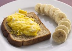 [breakfast idea: one egg on one slice of wheat bread toast with half a banana on the side :)
