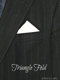triangle fold How To Plan, How To Make, Triangle, Wedding Planning, Pocket Squares, Crafts, Diy, Manualidades, Bricolage