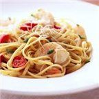 Yes, people with diabetes can eat pasta! From lasagna to linguine, our tasty pasta recipes will fill you up without weighing you down with extra carbs or calories. Enjoy a yummy, diabetic pasta dinner tonight! Shrimp Pasta Recipes, Healthy Pasta Recipes, Healthy Pastas, Fish Recipes, Seafood Recipes, Mexican Food Recipes, Cooking Recipes, Jalapeno Recipes, Seafood Pasta