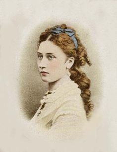 Princess Louise, Duchess Of Argyll Queen Victoria's Daughters, Victoria's Children, Queen Victoria Children, Victorian Portraits, Princess Louise, Victoria And Albert, Royalty, History, Prince Albert